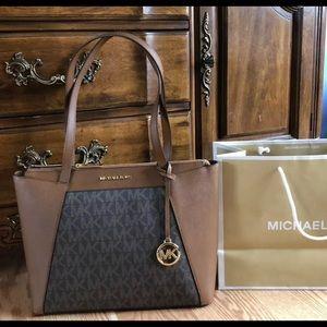 Michael Kors Maddie Handbag MK Purse Bag